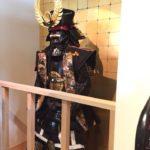 金シャチ横丁のお土産屋さん「なごみゃ」は甲冑や日本刀など名古屋城の香りがすごい