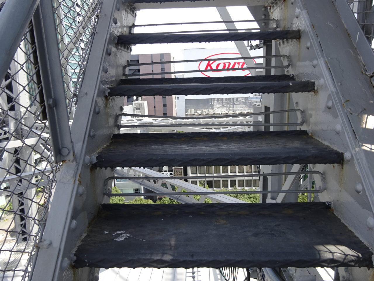 名古屋テレビ塔の階段