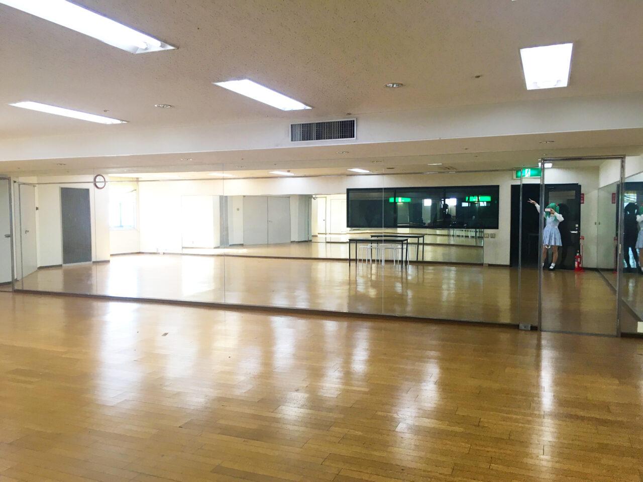ダンススタジオ栄
